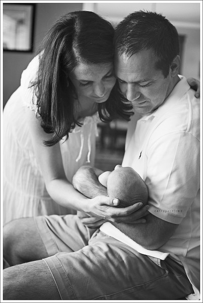 lifestyle newborn session by Carey Pace in Kingsport TN
